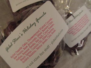 Homemade organic granola - the perfect holiday gift!