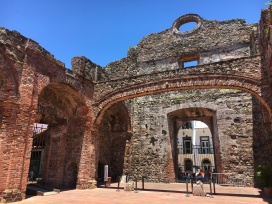 Iglesia Santo Domingo, the Flat Arch