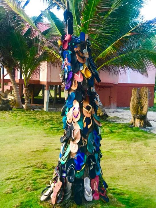 "The ""flip flop"" tree - Recycled Art"