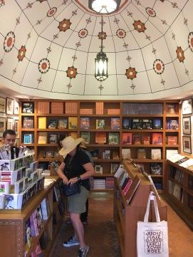 Jardin Majorelle - Bookstore